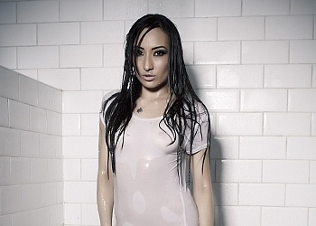 And the winner of the 2011 wet Tshirt comp is JADA