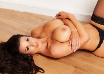 Glamour Strip (ft.Alice Goodwin)