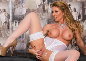Lady In White Part 2 (ft.Lynda Leigh)